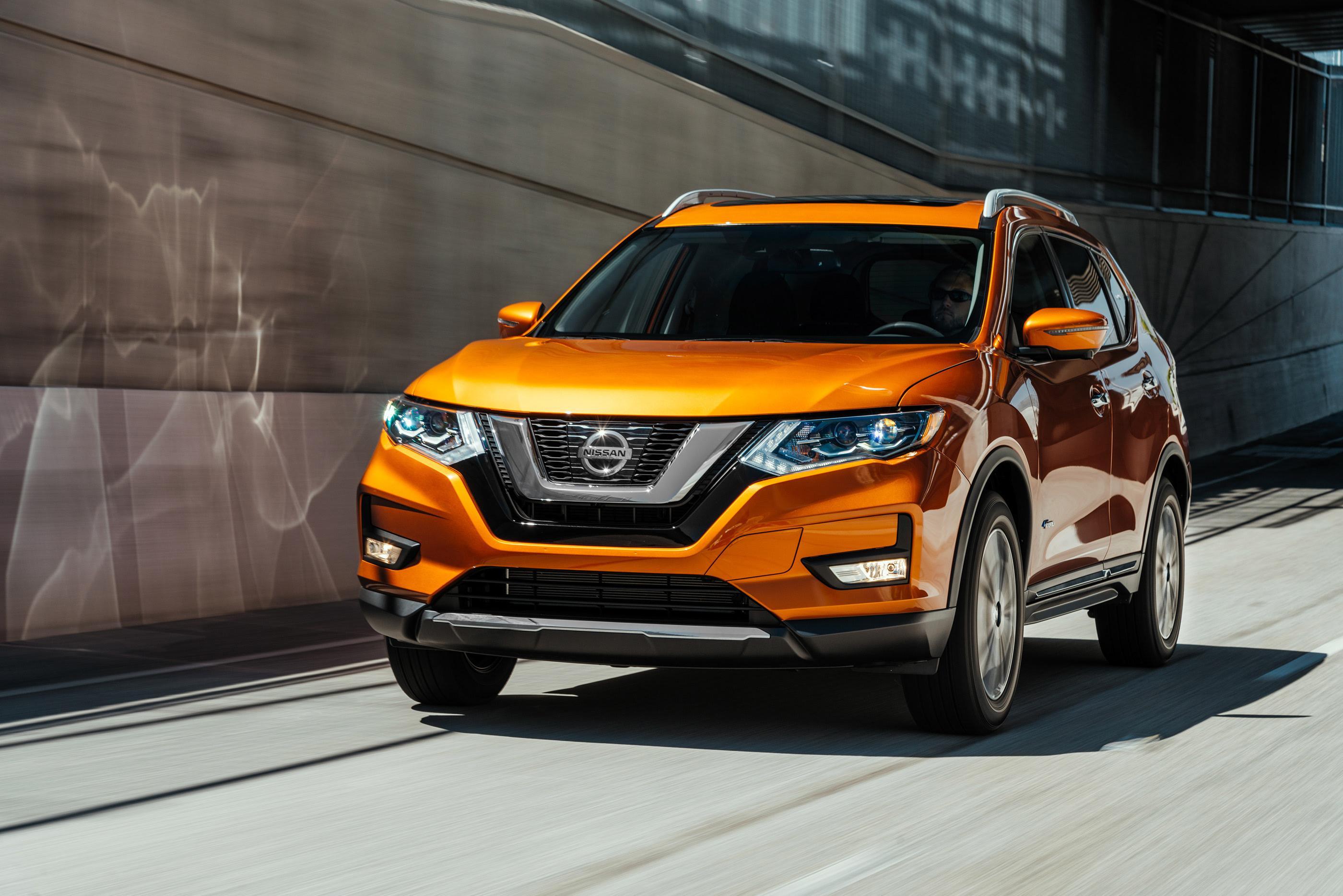 Nissan Rogue Hybrid on Behance Nissan rogue, Nissan, Car