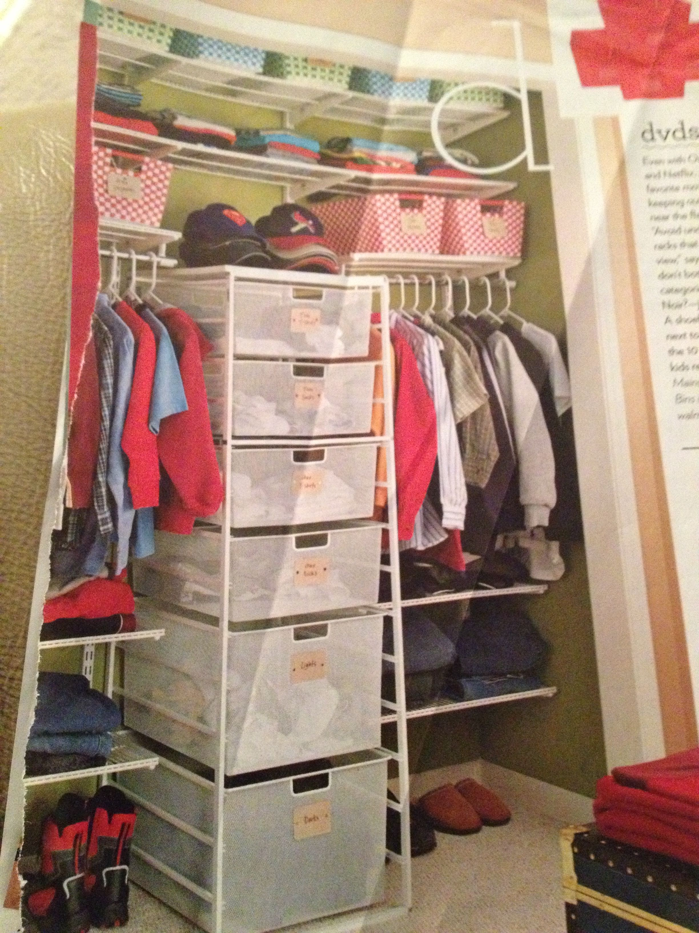 This closet idea is perfect for a kid's closet.