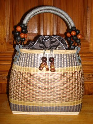 Thailand Handicraft Products Bamboo Bags Lamps Jewelry