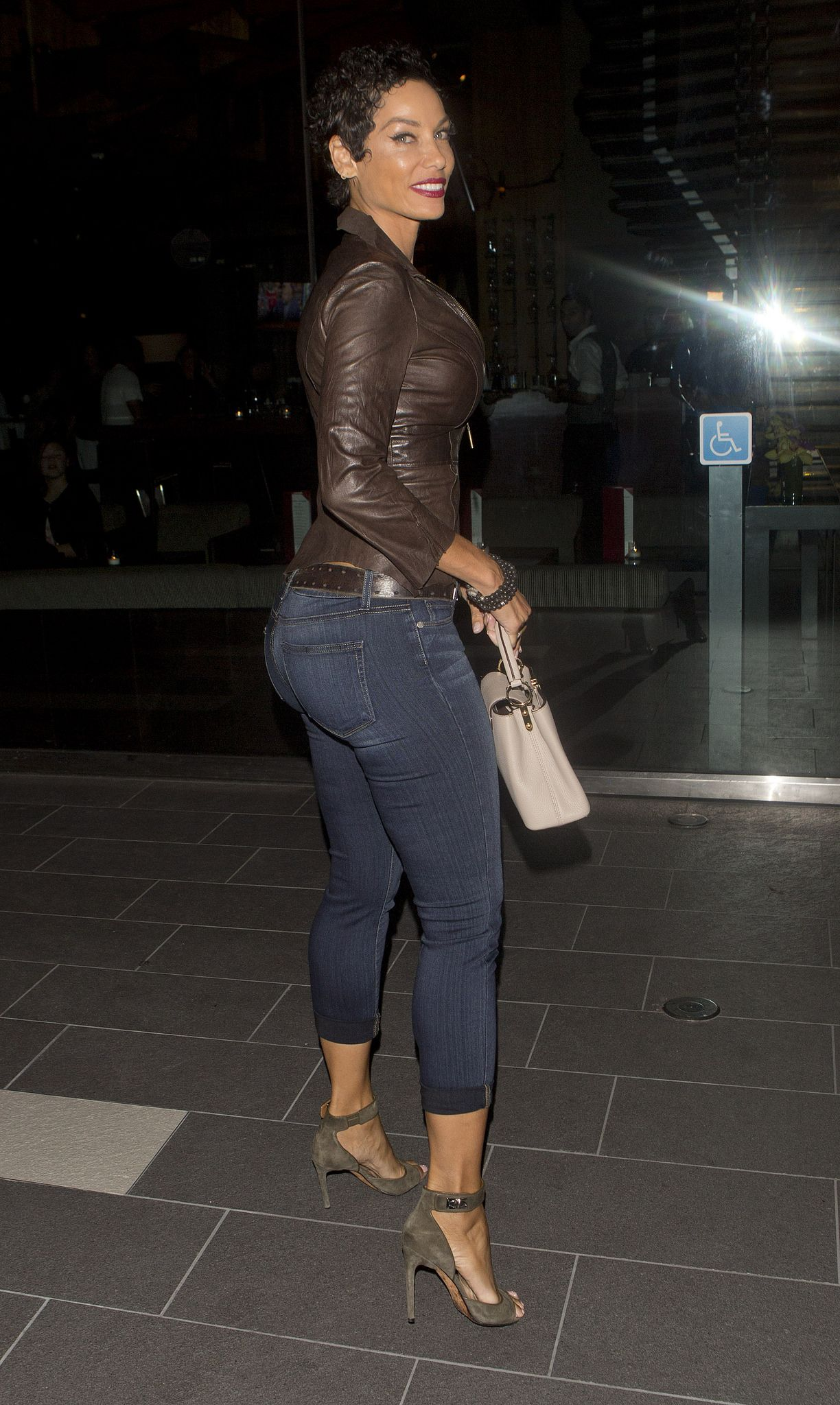 NICOLE MURPHY Leaves Craig's Restaurant in West Hollywood ...