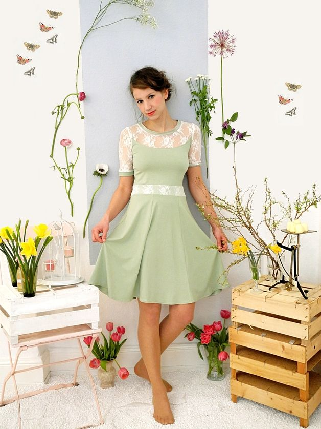 s es swingkleid in pastellgr n f r den fr hling cute dress in pastel green for spring made by. Black Bedroom Furniture Sets. Home Design Ideas