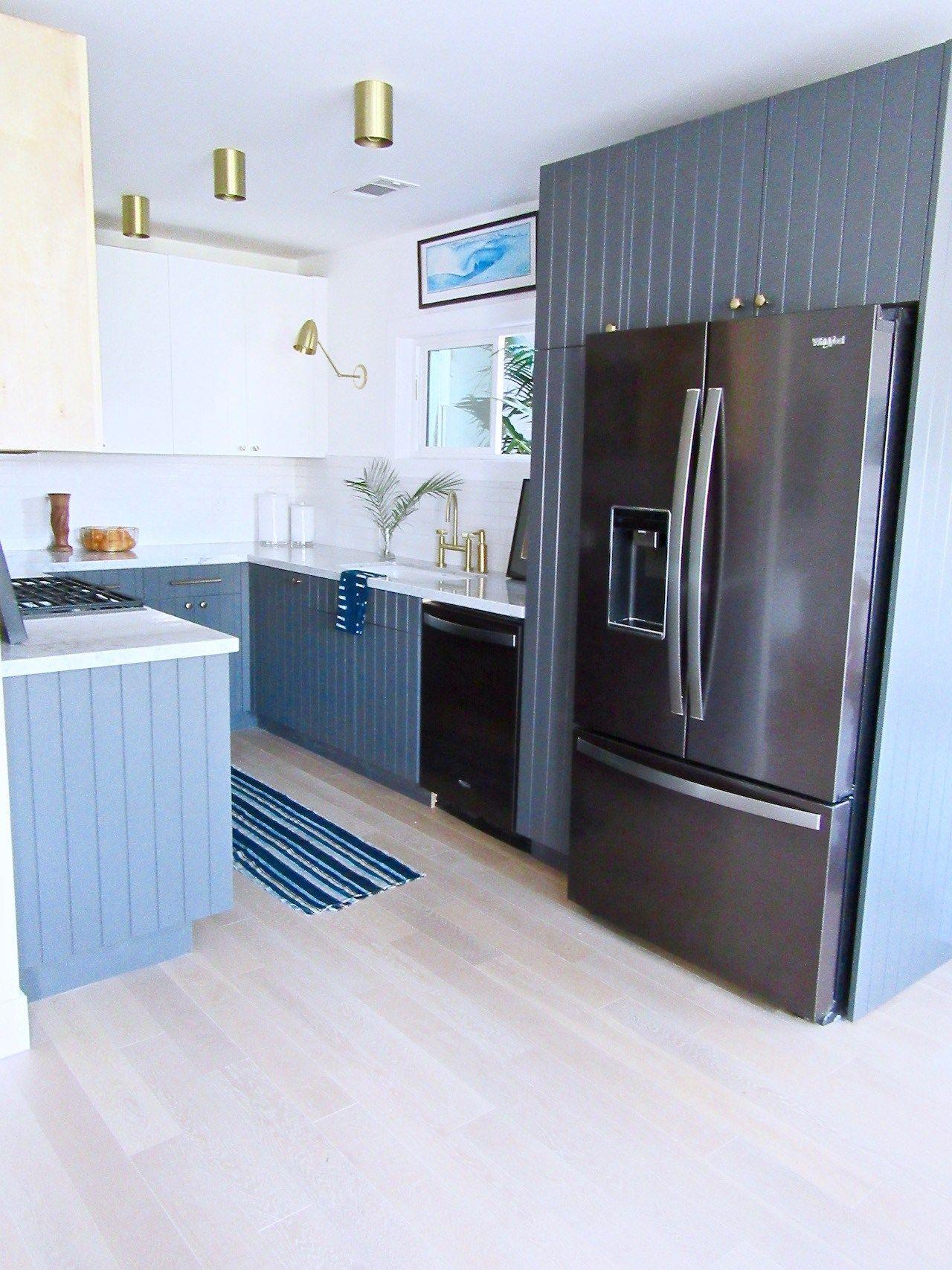Silver Lake Small Kitchen Remodel Black Appliance Trend Cococozy Stylish Kitchen Black Appliances Kitchen Remodel