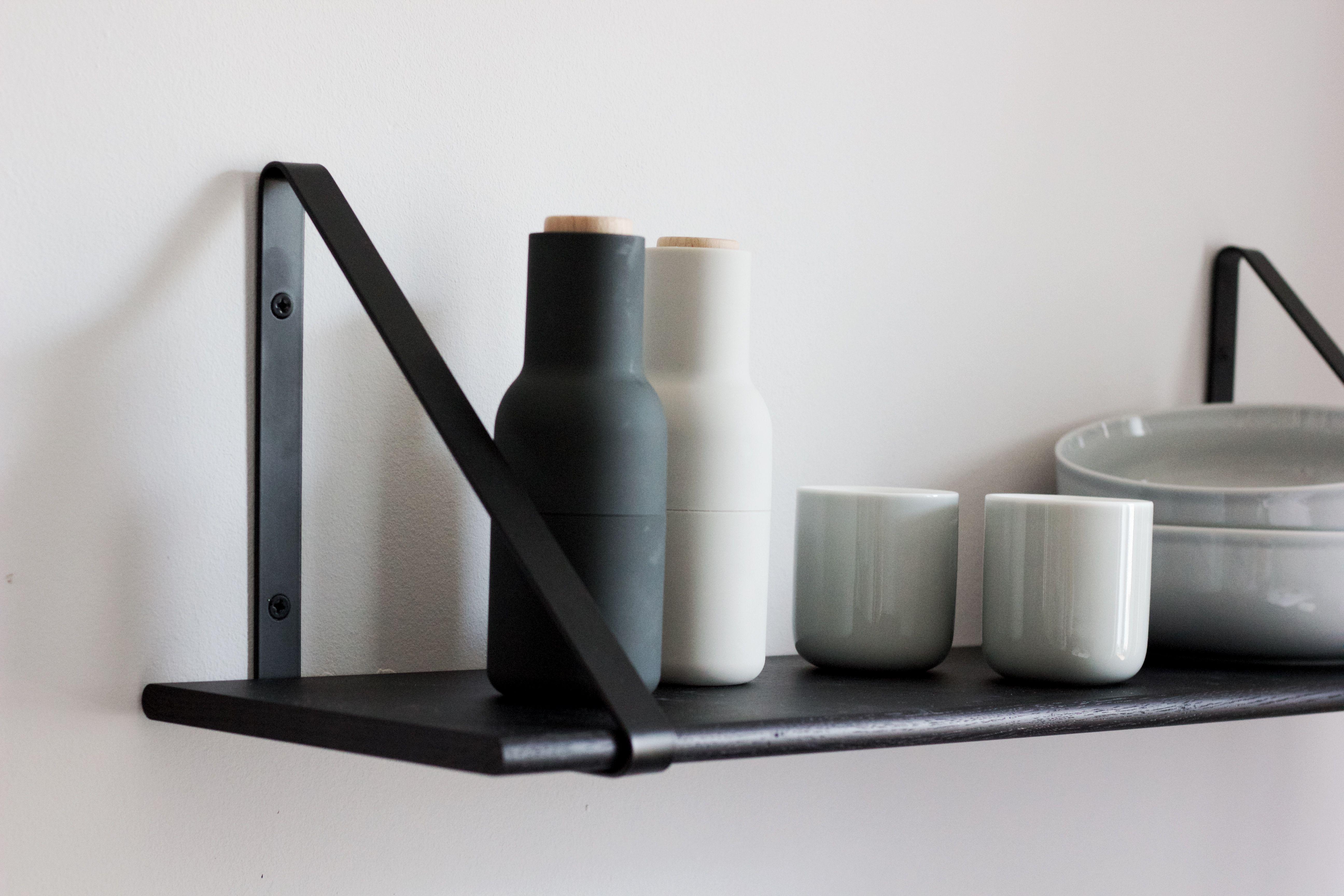 Ferm Living Shelf Hangers Regalsystem Schwarz Regal
