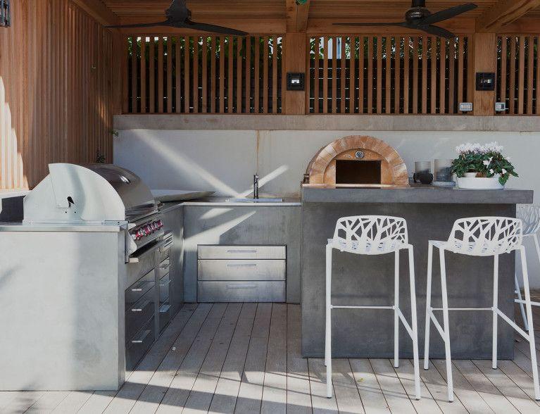 Beton buitenkeuken door betonada betoncire keukens badkamer