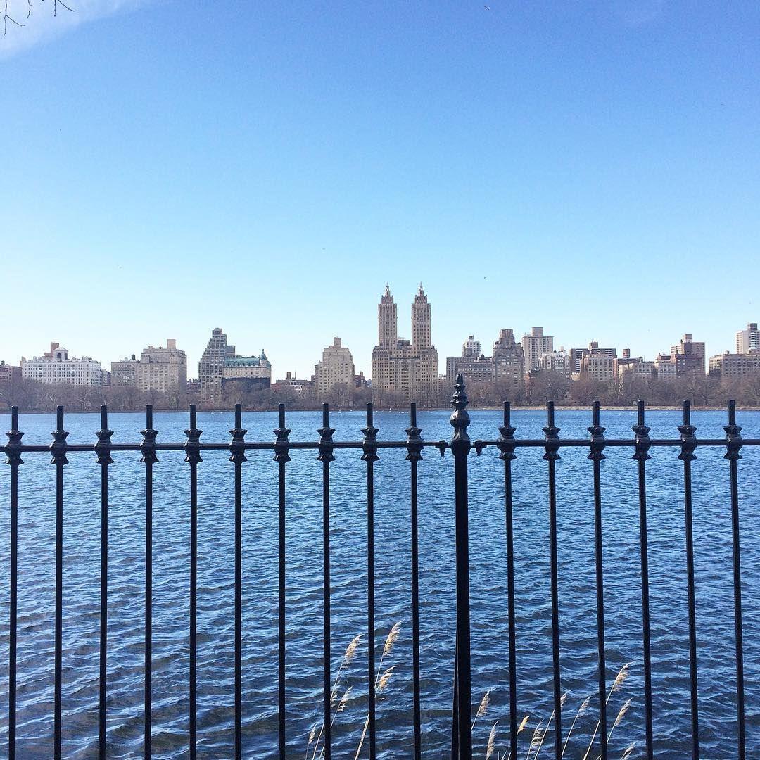 Looking good, New York. 😎 #newyorkcity #centralpark #fall