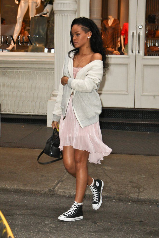 c5814f69ce5d love the look of the edgy cuteness  rihanna  converse   All Star ...