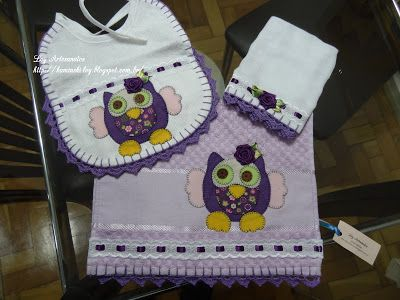 LOY HANDCRAFTS, TOWELS EMBROYDERED WITH SATIN RIBBON ROSES: Conjunto Menina em Patch Apliquê