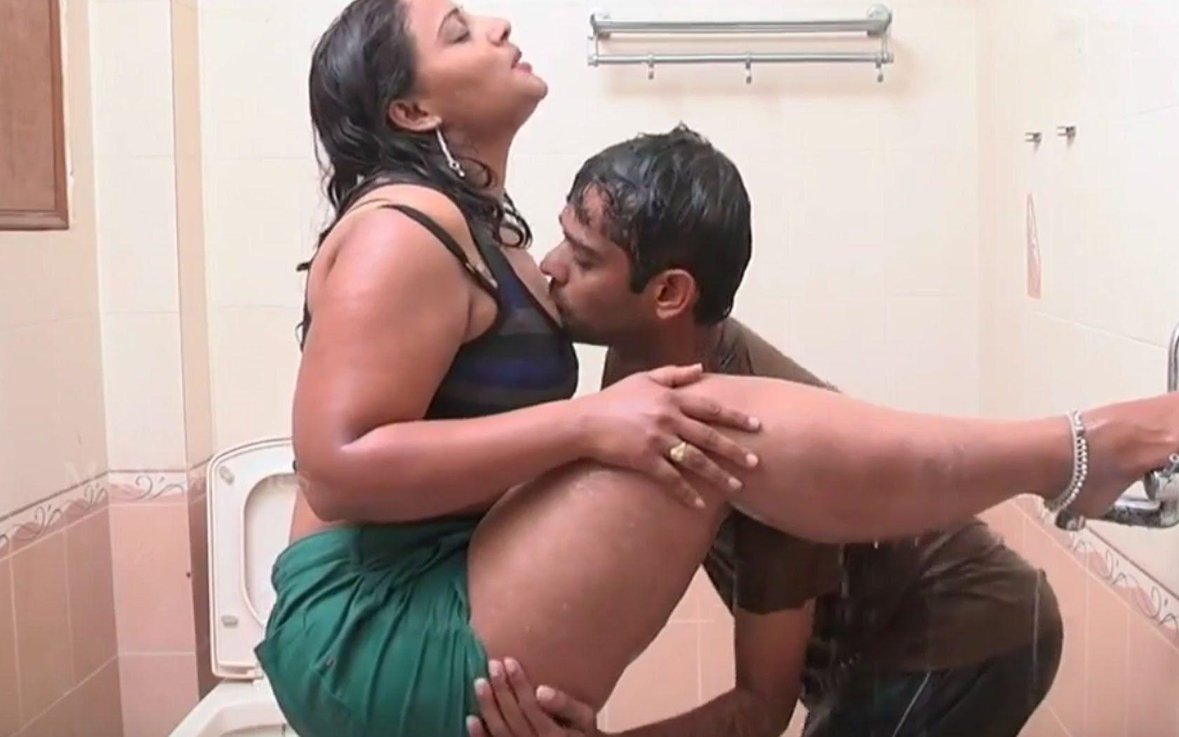 Bathroom Rs In Sex Hot 3