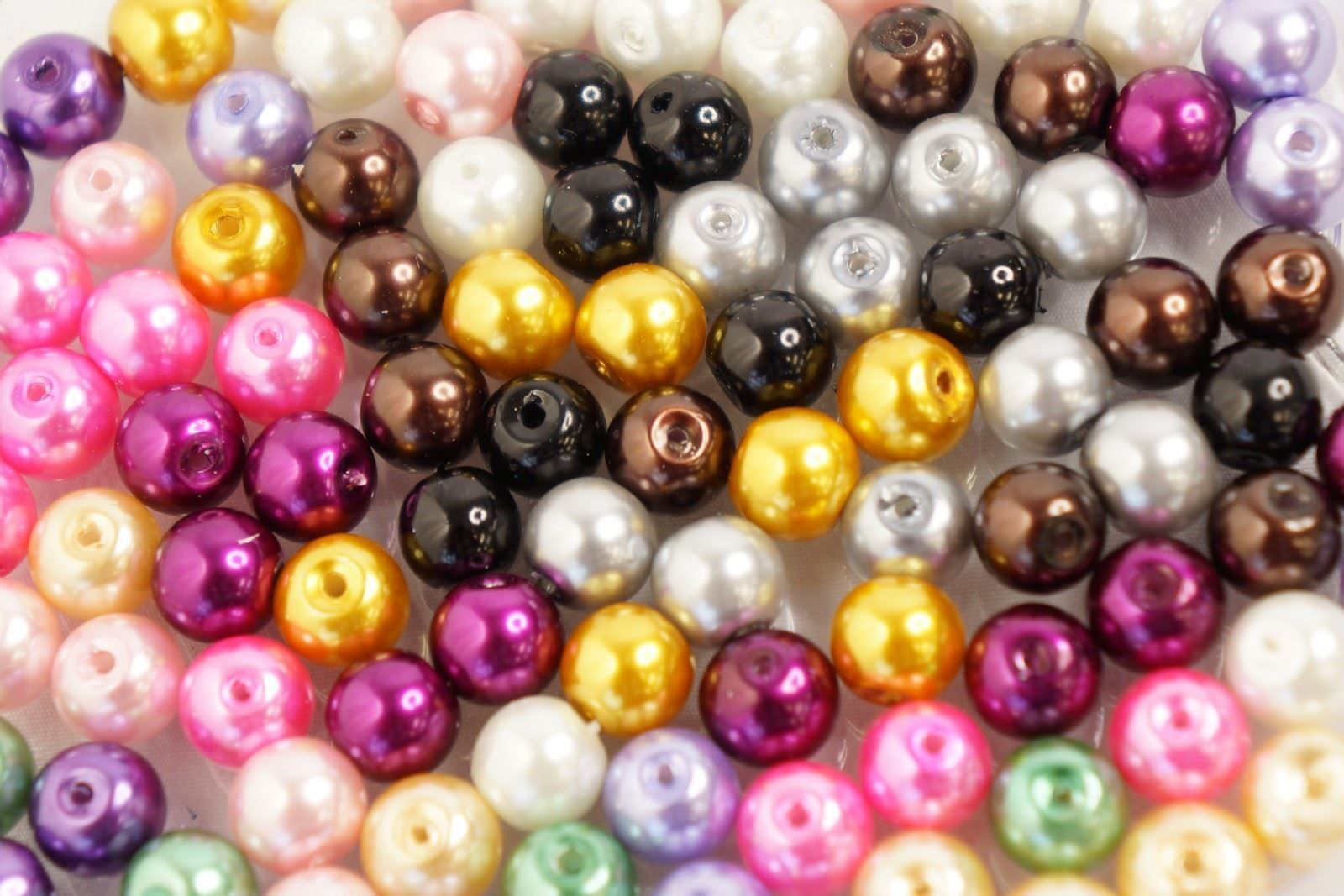100 GLASS PEARL 8mm CRAFT BEADS VARIOUS COLOURS AVAILABLE