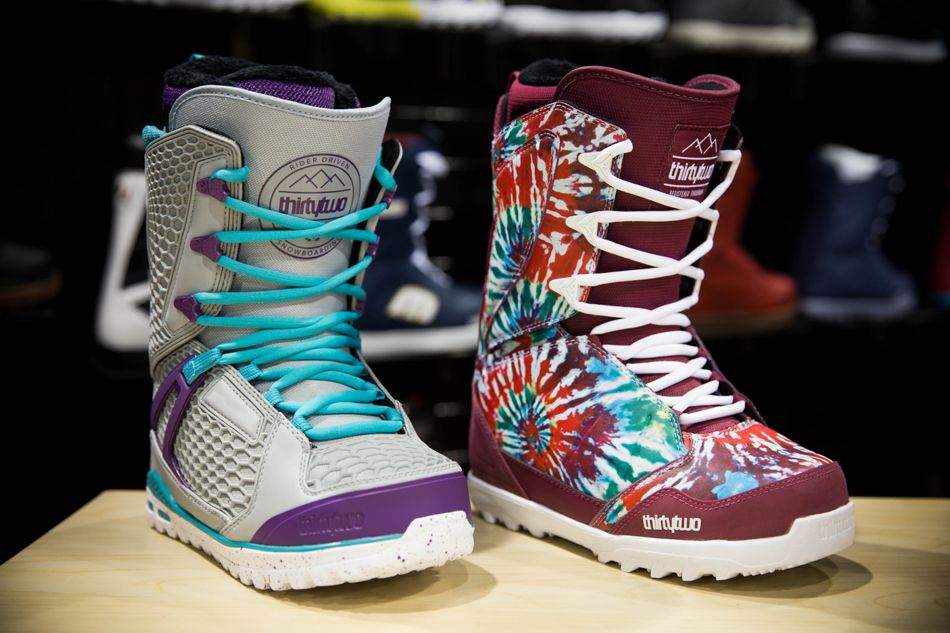 Sia Tradeshow 2016 Snowboard Gear Preview Day 2 Snowboarder Magazine Snowboarding Gear Snowboard Snowboard Boots