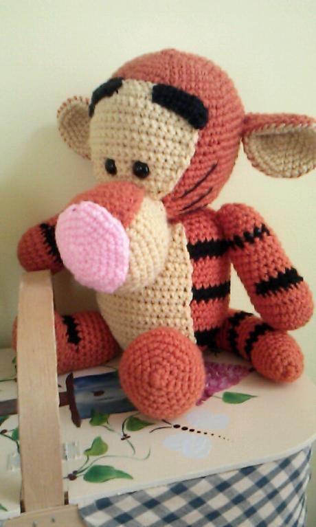 Crochet Tigger, Winnie the Pooh Pattern via Craftsy   Amigurumis ...