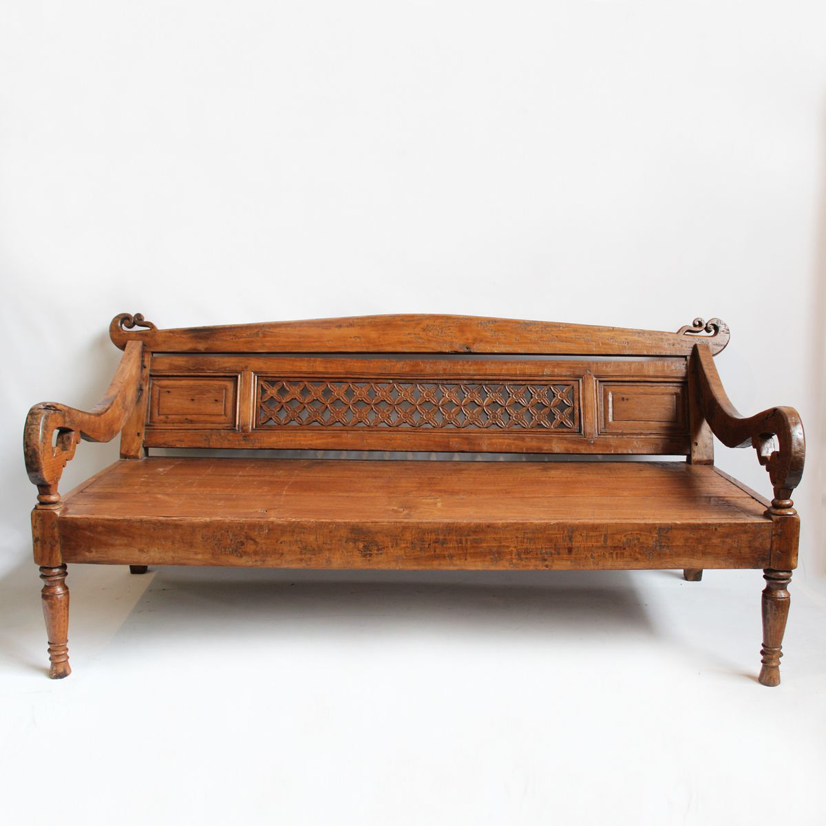 Balinese Daybed Small Spaces Furniture Couch