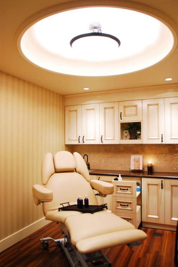 Ceiling and lighting detail avanti medispa spa medical day spa design by leslie mcgwire