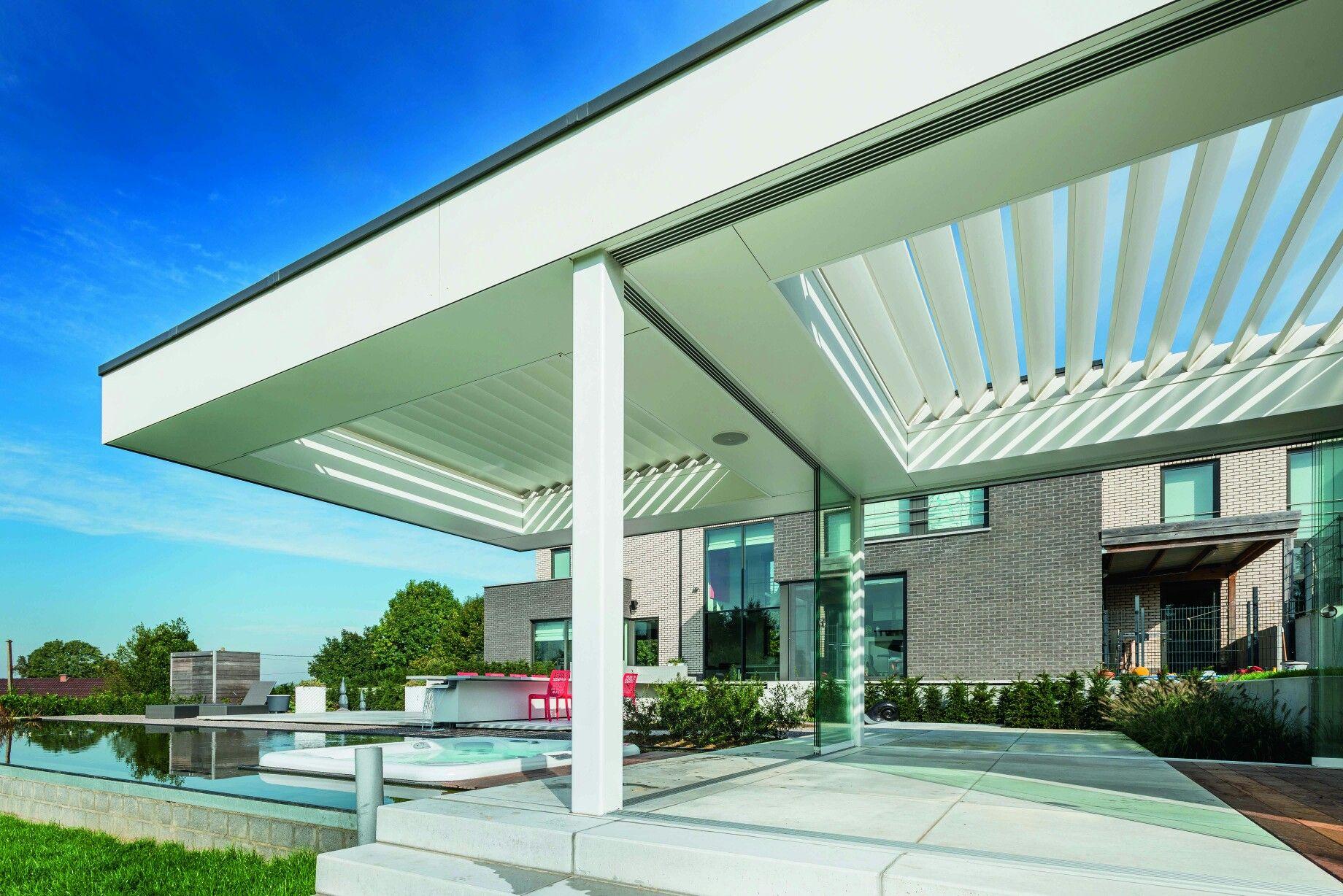 Moderne Terrasoverkapping met Trespa te hainaut Glaswand sliding