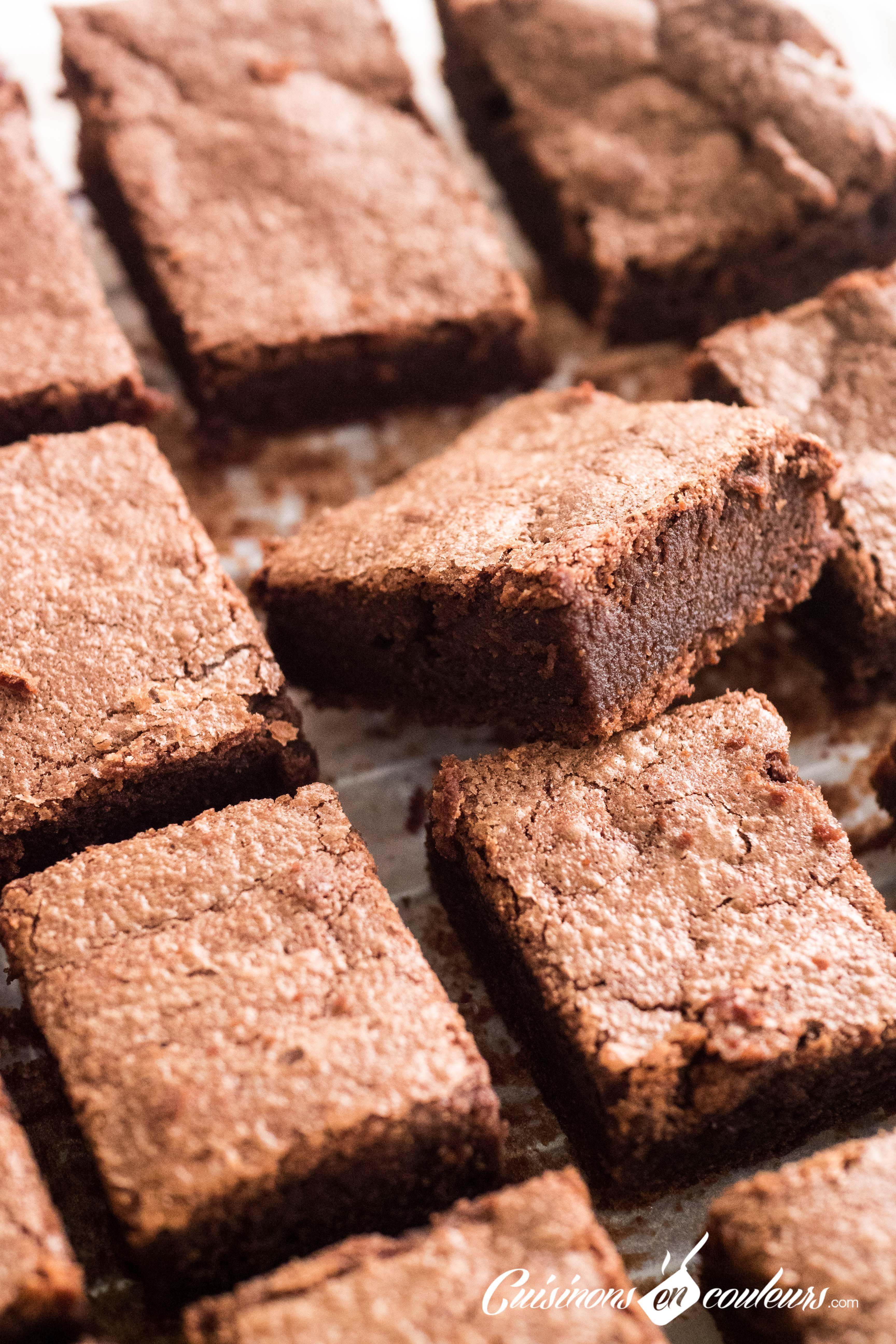 Ce Gateau Fondant Facon Brownie Est Tres Simple A Faire Rapide Et Le Rendu Est Trop Trop Tr En 2020 Gateau Chocolat Fondant Gateau Chocolat Facile Recettes De Cuisine