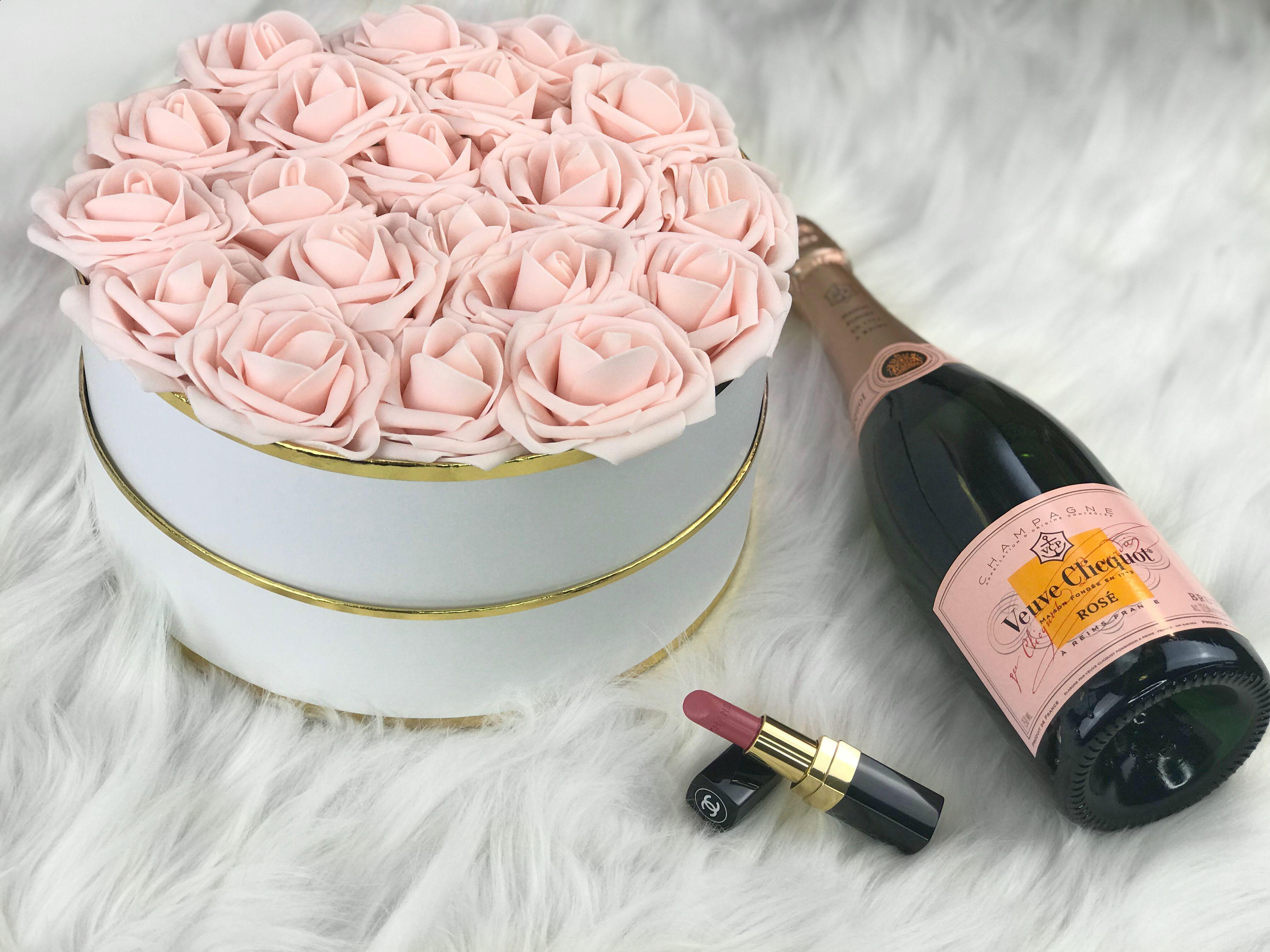 Diy Rose Box Diy Valentines Day Gift How To Make A Tumblr Inspired Rose Box Diy Roses Valentine S Day Diy Diy Box