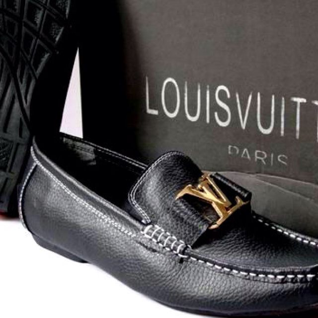 Italian riviera style!  Louis Vuitton Men's Shoes