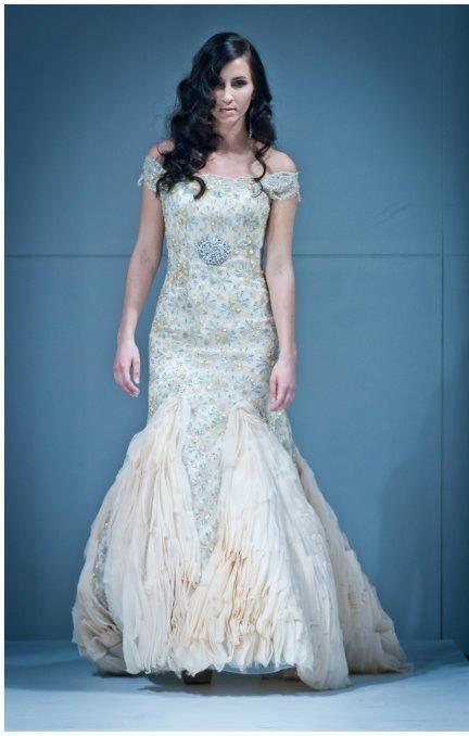 http://www.weddingthingz.com/1/post/2013/01/wedding-dress-wednesday ...