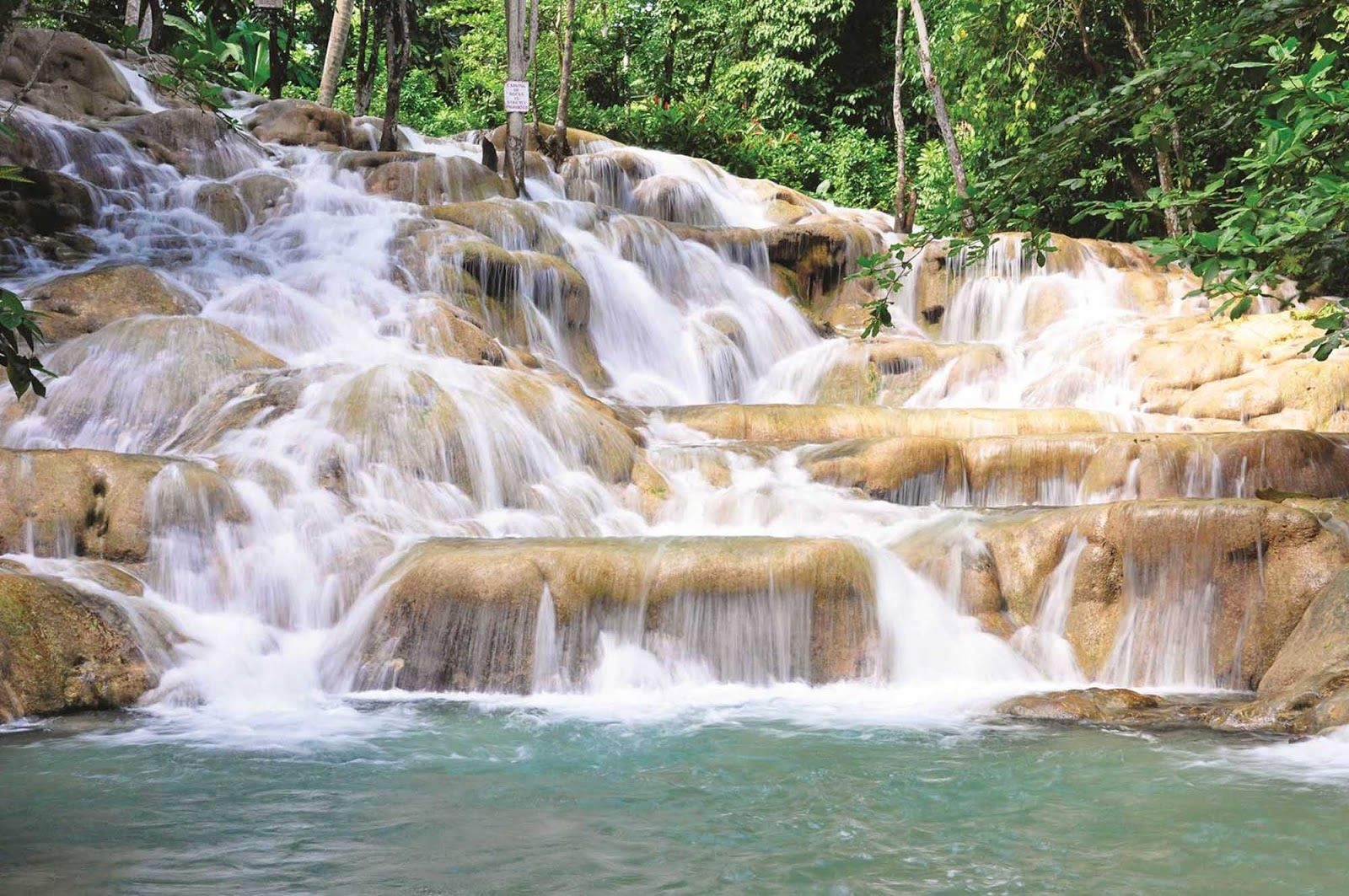 Ochos Rios port and travel guide and photo tour that shows you what to see and do when you take a cruise to this port of call.