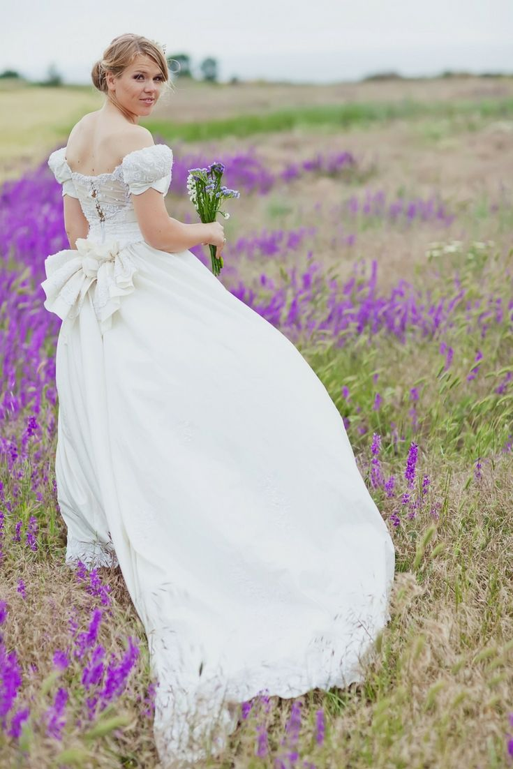 Wedding dresses styles to hunt for your wedding surprising wedding