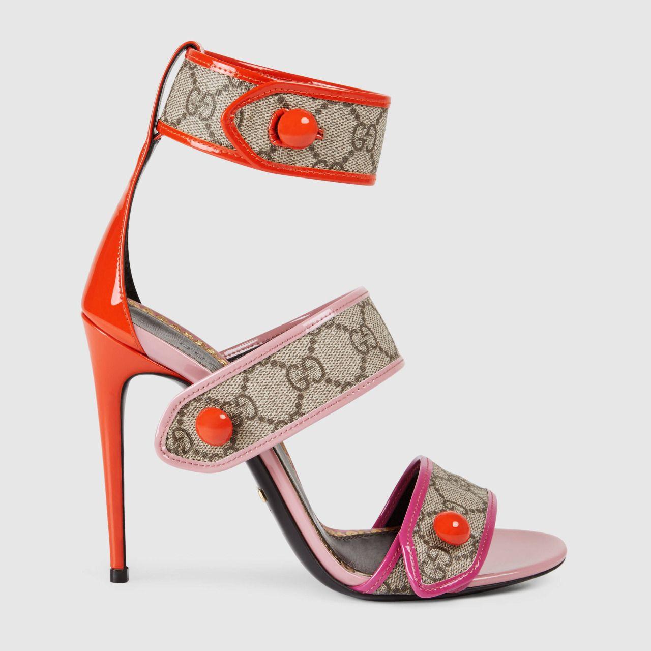 a64288235d6e Gucci Women - GG Supreme sandal