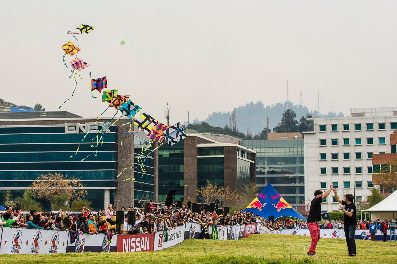 Más de dos mil personas celebraron el 18 chico con volantines y los stands de #Encumbrados