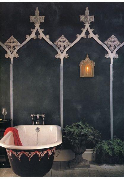 Eccentric Bathroom Decor | Image via flickr.com