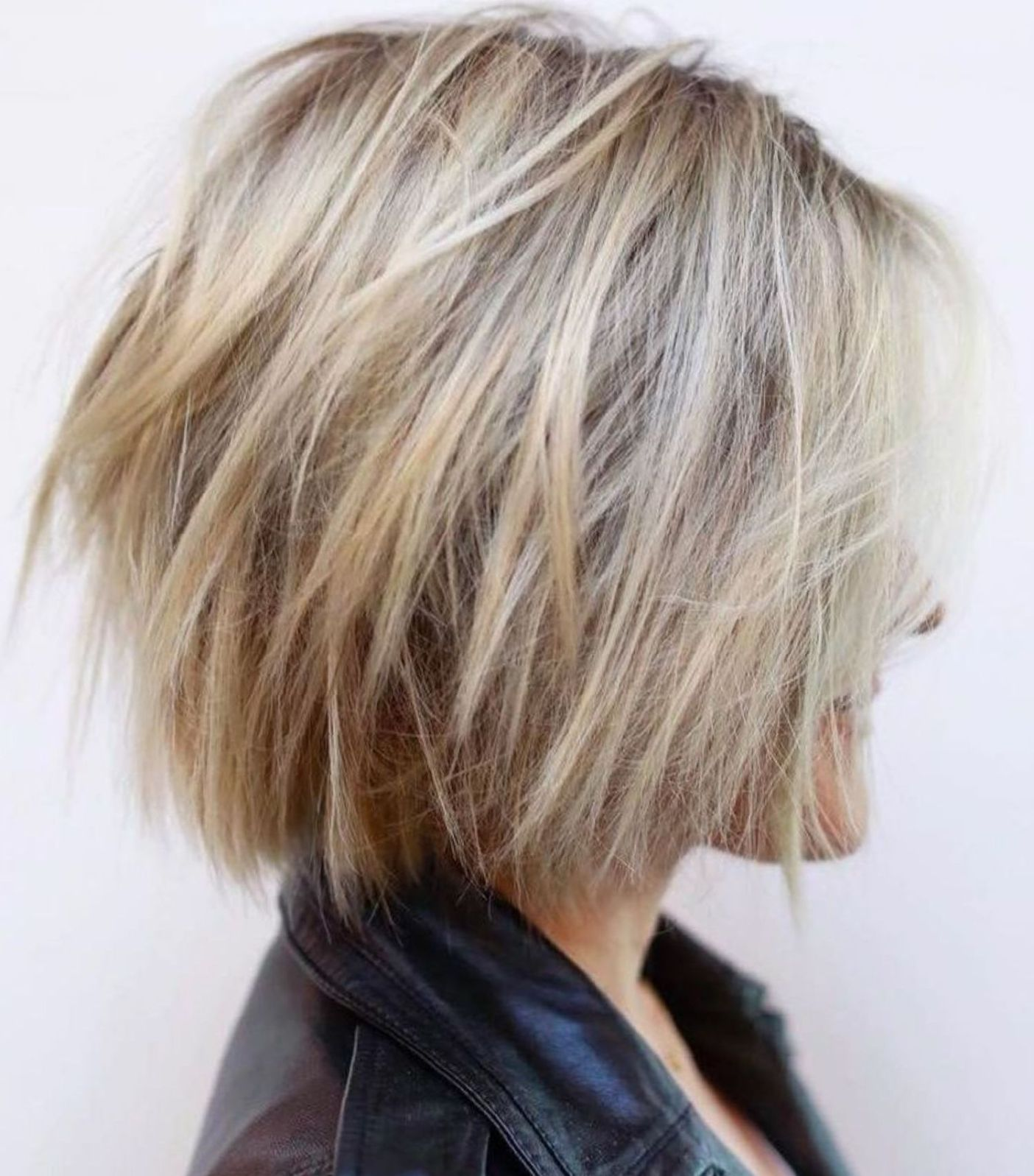 60 Most Magnetizing Hairstyles For Thick Wavy Hair Thick Wavy Hair Wavy Bob Hairstyles Thick Hair Styles