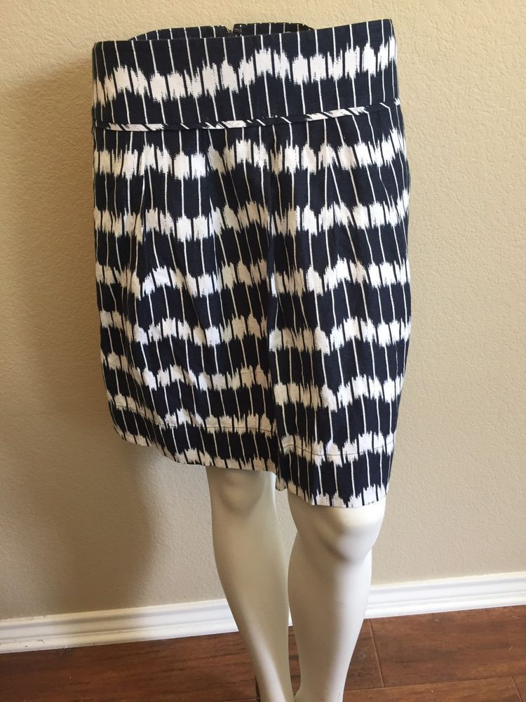 51fa7c8d4bca Ann Taylor Loft Size 8 P Petites Skirt Linen Rayon Navy Blue & White 2  Pockets #LOFT #FlareSkirt
