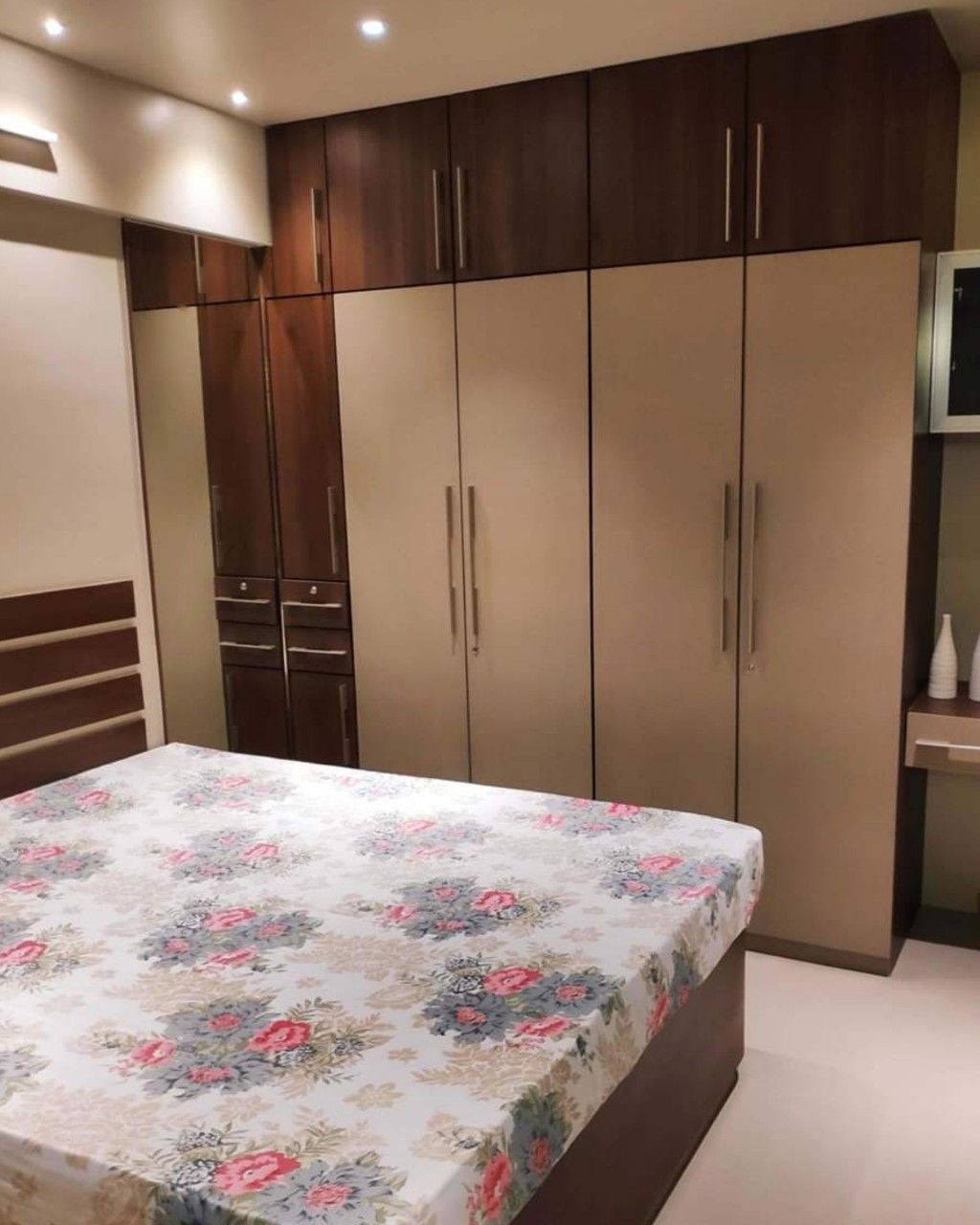 Kumar Interior Thane Call 9987553900 In 2020 Apartment Interior Design Cupboard Design House Interior