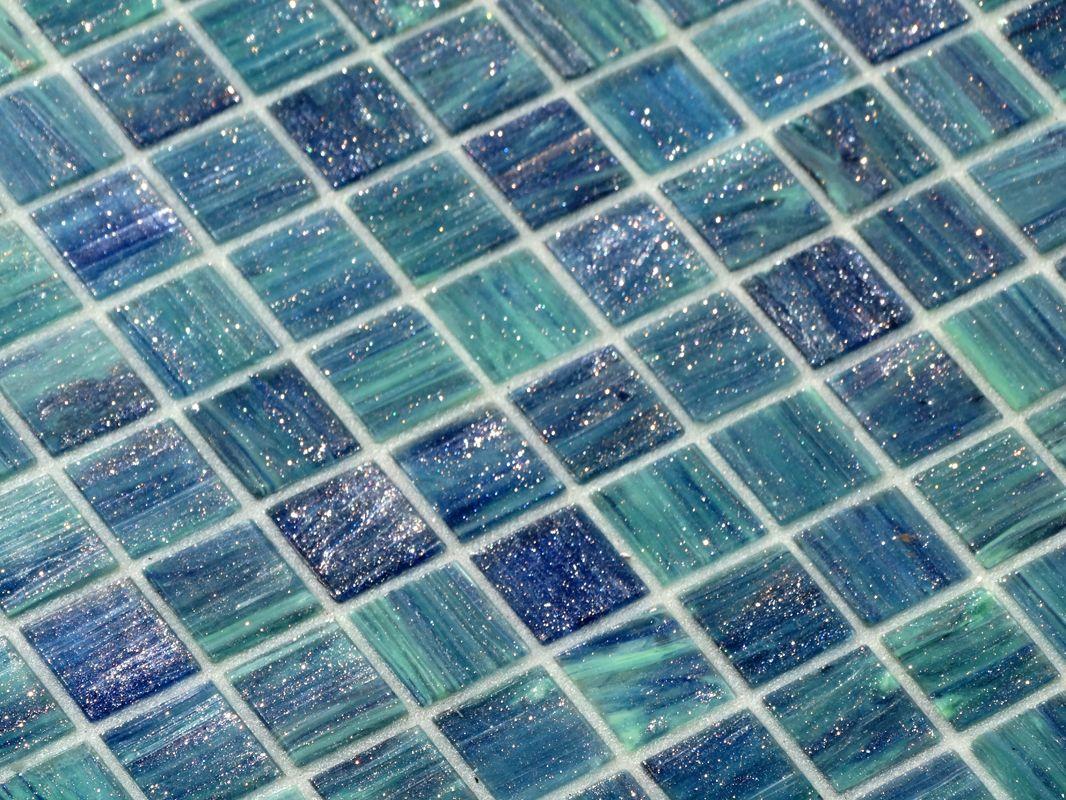 Pates De Verre Sublimes 885 De La Marque Opiocolor Melange Bleu Vert Pour Une Couleur D Eau Piscine Tres Naturelle Mosaique Piscine Carrelage Piscine Piscine