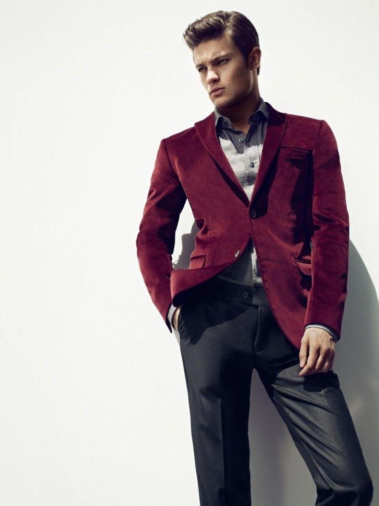 Son moda Fabrika Erkek Ceket modellerini 5 ürün arasında inceleyin ve sizin için en şık ürünleri en uygun fiyata bulun.