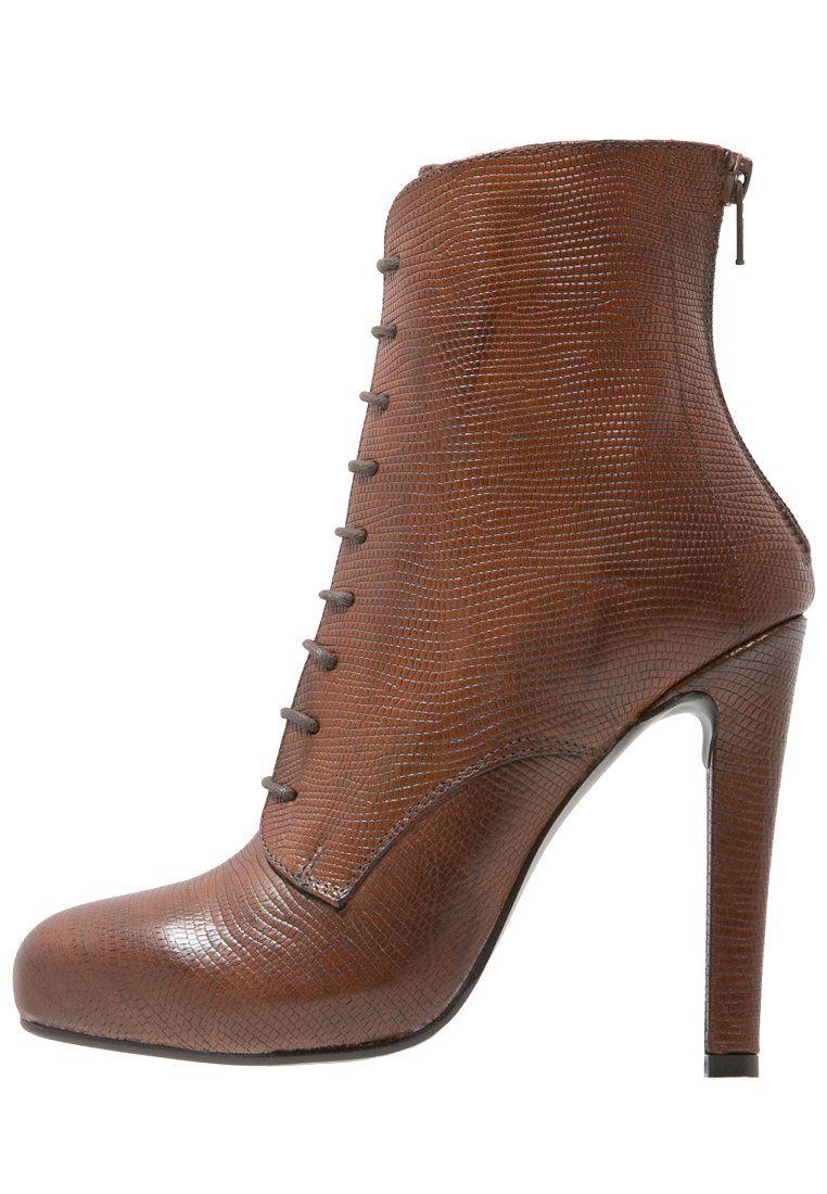 dames booties online