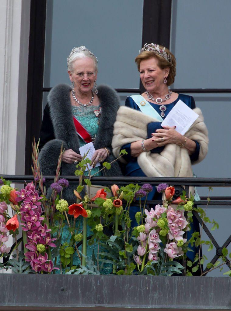 Queen Margrethe Of Denmark And Queen Anne Marie Of Greece Attend An Danimarca La Regina Grecia