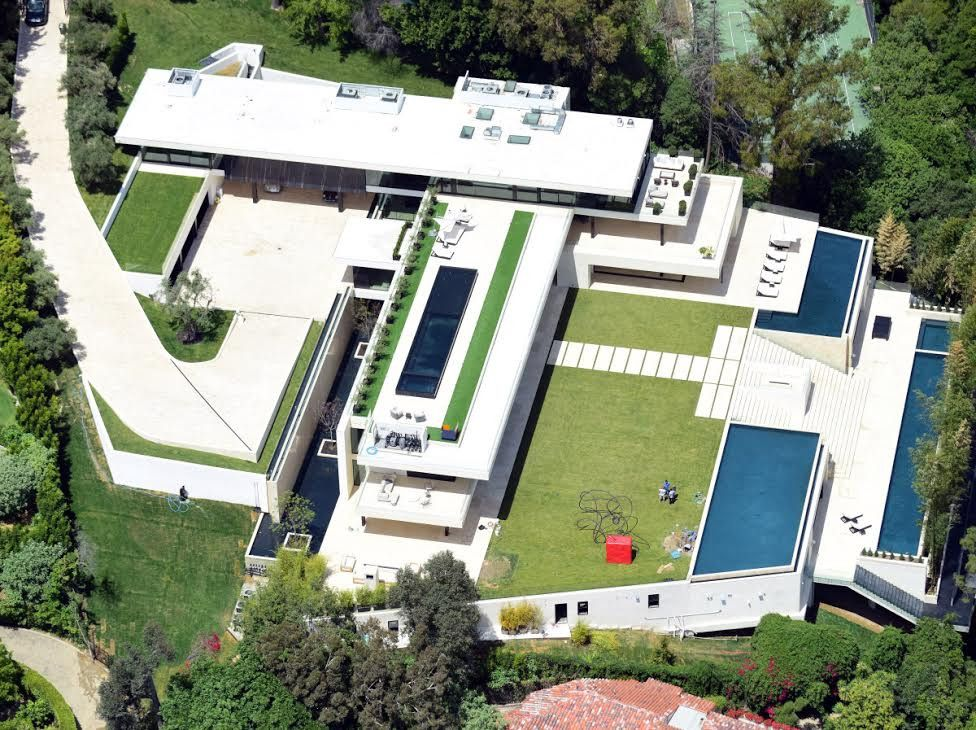 Beyonce And Jay Z Set To Buy 90m Los Angeles Home Domino Bel Air Mansion Mansions House Design