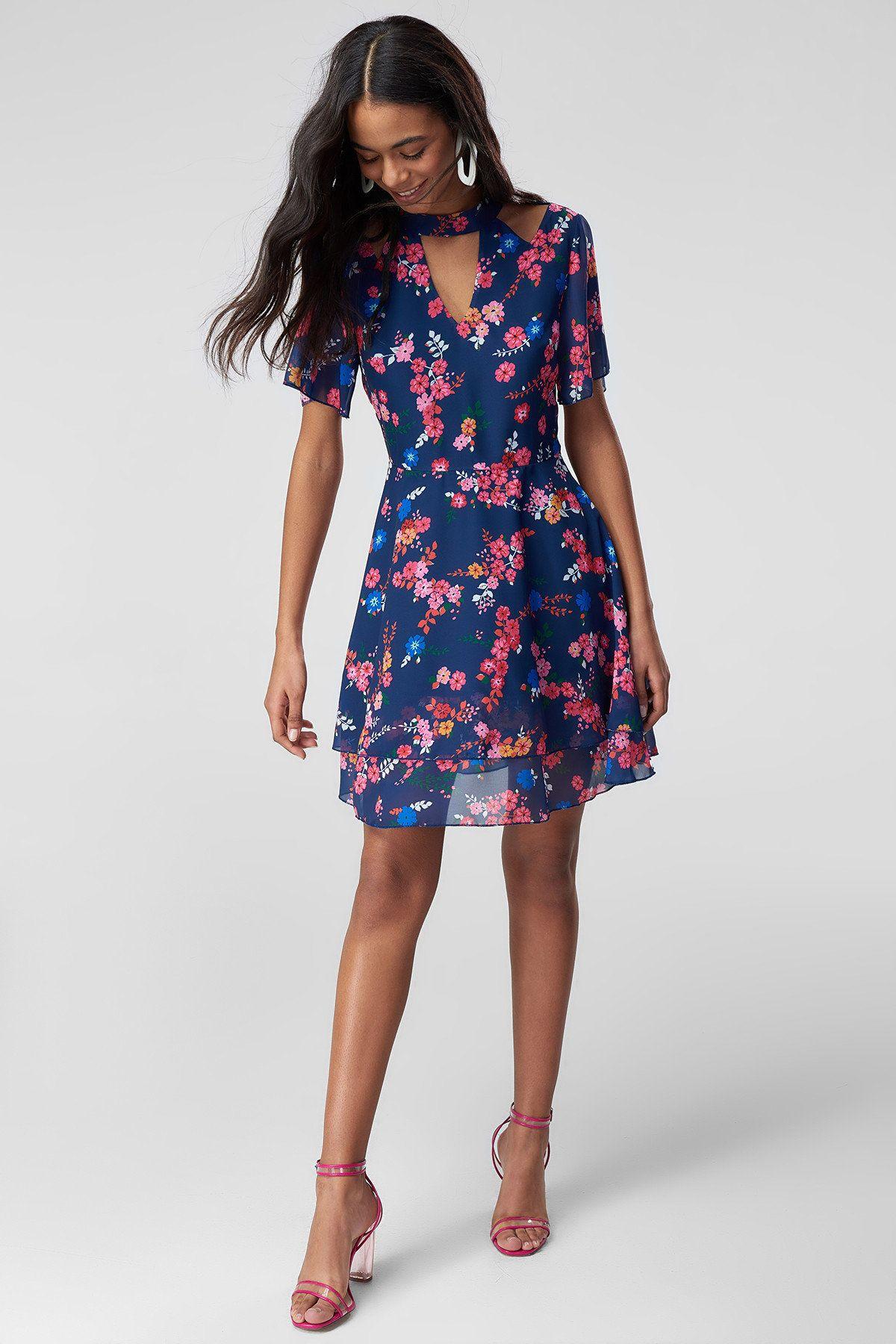 Yazlik Elbise Modelleri 2018 Elbise Elbise Modelleri Cicekli Elbiseler