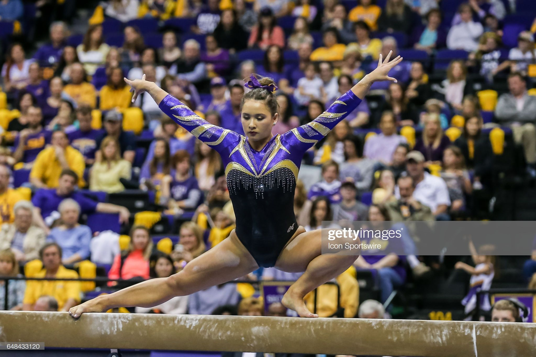 Lsu Tigers Sarah Finnegan Scores 9 325 On Beam During The Meet In 2020 Lsu Gymnastics Lsu Female Gymnast