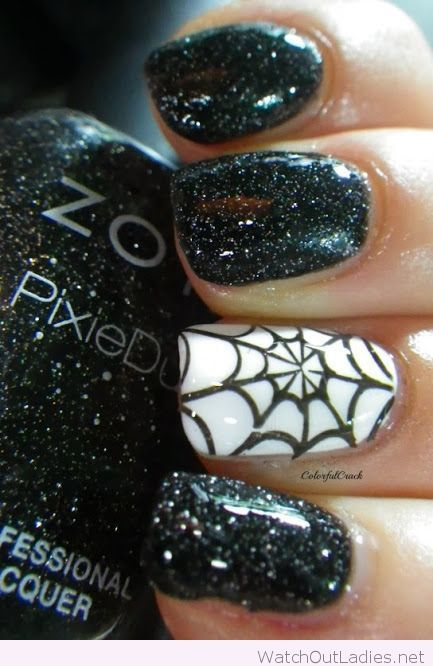 Sparkle Black And White Halloween Nails Cute Halloween Nails Halloween Nail Designs Halloween Nails