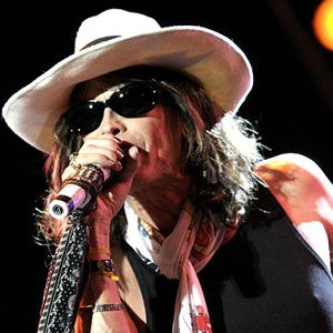 Steven Tyler Became A Grandparent At Age 56 When He S Not Touring