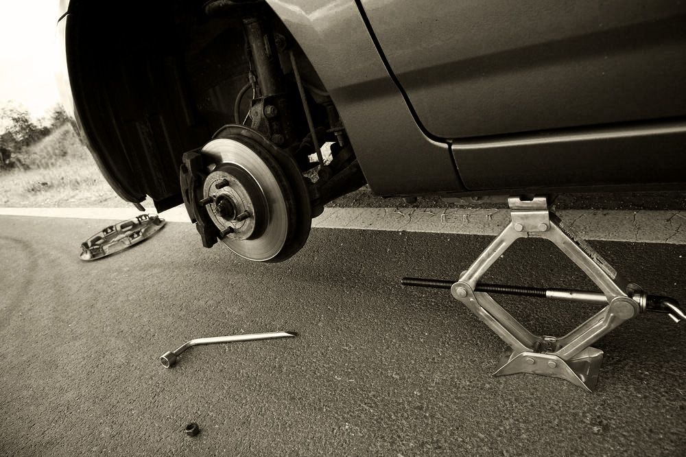 5 Ways Your Worn Out Shocks Put You in Danger Vehicles