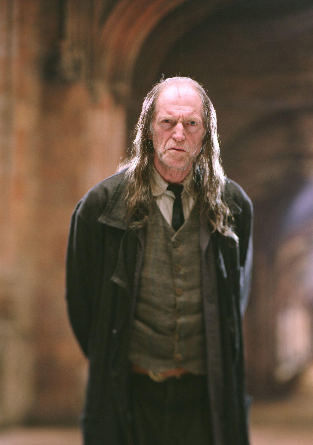 Argus Filch Harry Potter Professors Phoenix Harry Potter Harry Potter Characters