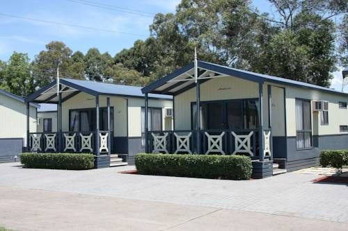 Active Holidays BIG4 Nepean River Penrith Offering a games room, a playground and a swimming pool, Active Holidays BIG4 Nepean River is located just 2km from Penrith. All accommodation features a kitchen or kitchenette and free on-site parking.