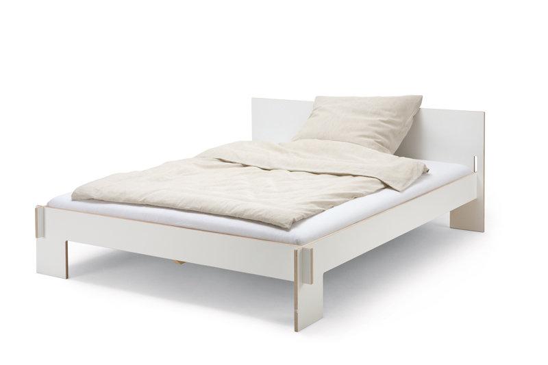 Siebenschlafer En Tagedieb Lattenbodem Moormann Bett Ideen Und Weisse Bettwasche