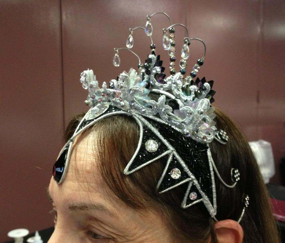 tiara from tutu.com