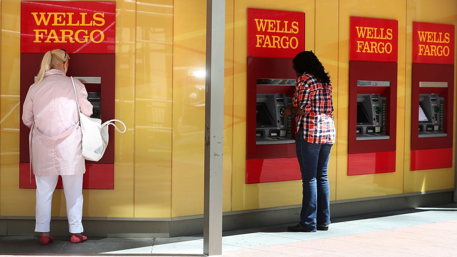 Wells Fargo Has Found 1 4 Million More Phony Accounts Somehow