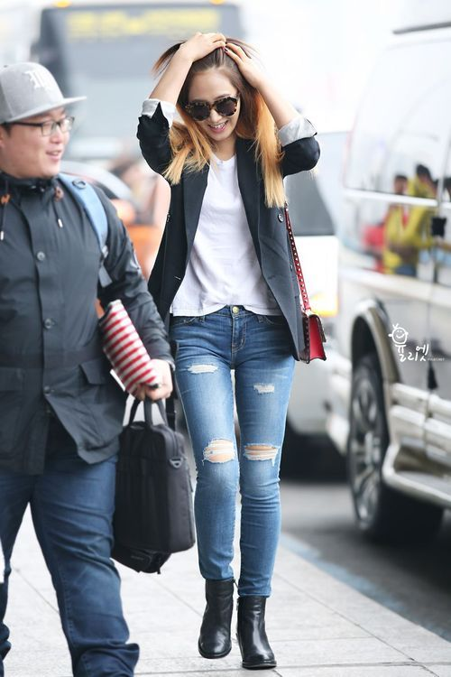 Snsd Yuri Korean Stars Airport Fashion Casual Style