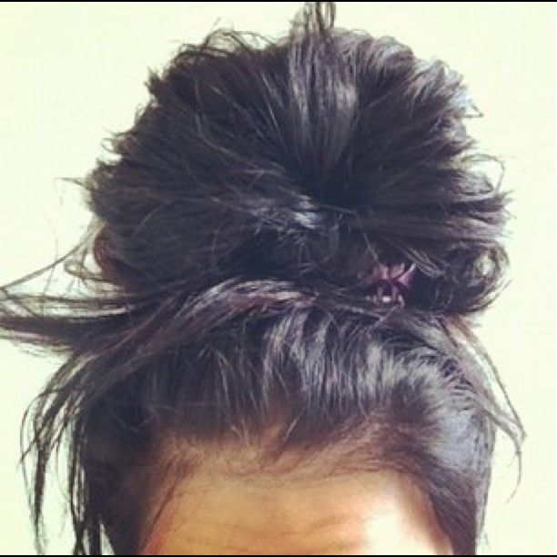 Best 25 Big Messy Buns Ideas On Pinterest Second Day