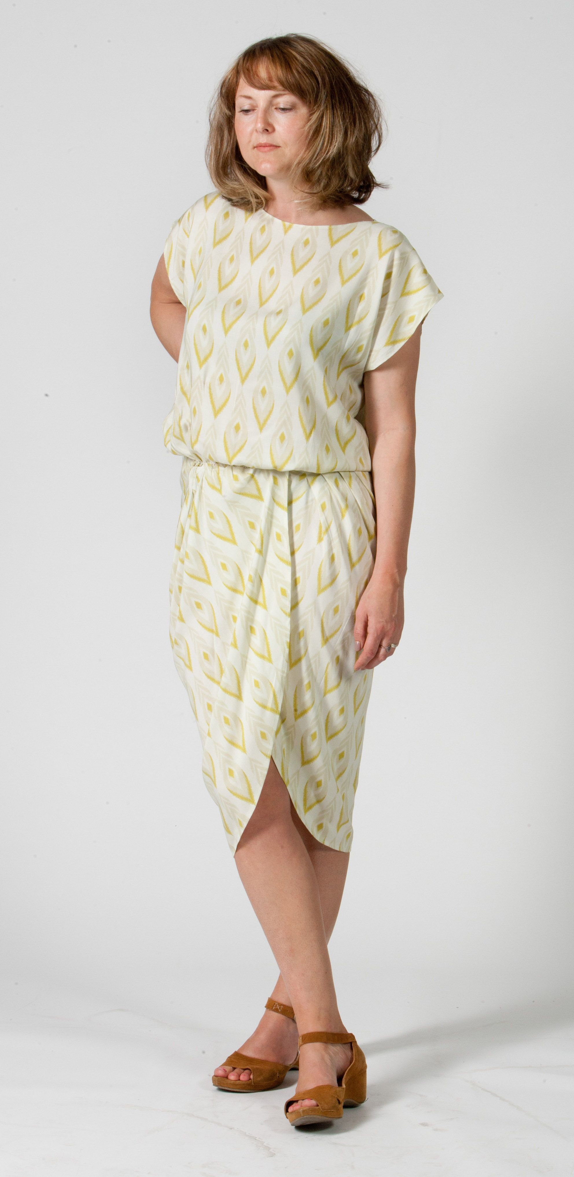 Curvy Drape Dress - FREE SEWING PATTERN with instructions | Bolsos ...