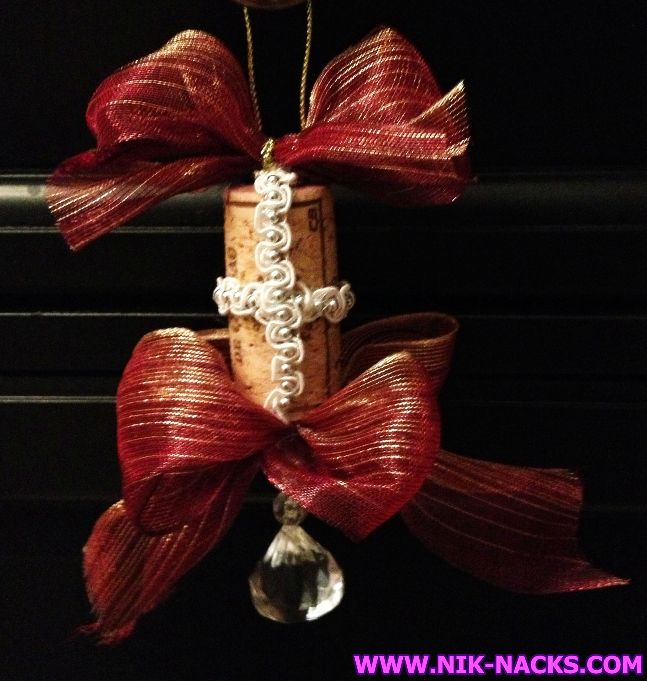 Diamond Wine Cork Ornament Wine Cork Ornament With Red And Gold Metallic Bows And A Hanging Diamond Wine Cork Ornaments Wine Cork Art Cork Art