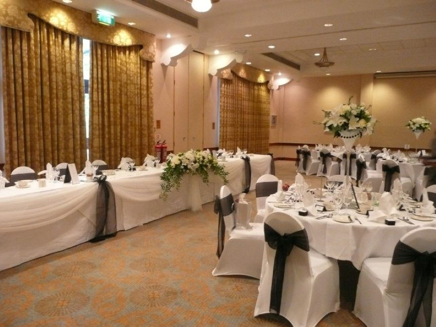 How To Decorate A Reception Hall For Wedding On Decorations With Banquet 20 14766